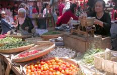 Pasar Tradisional di Cirebon Terancam - JPNN.com