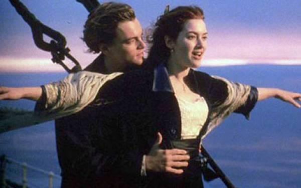 Lagu Titanic Antar Karamnya Costa Concordia - JPNN.com