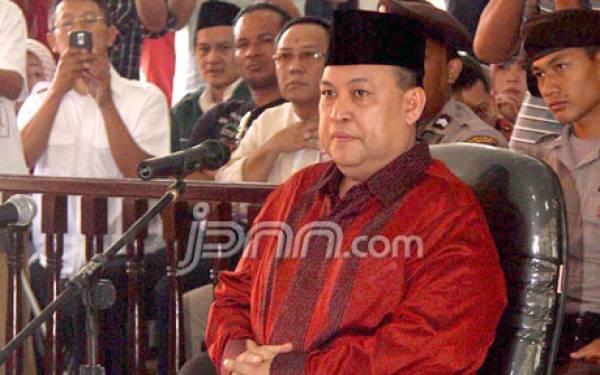 Ditangkap di Bali, Mochtar Mohammad Langsung Dieksekusi - JPNN.com