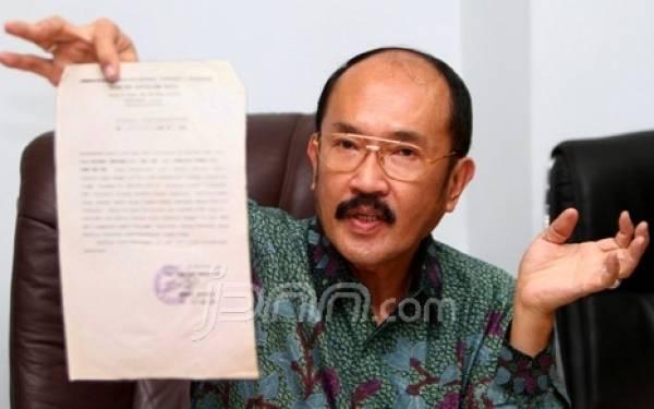 Perseteruan Ayah dan Kekasih Miss Indonesia 2011 Berlanjut - JPNN.com