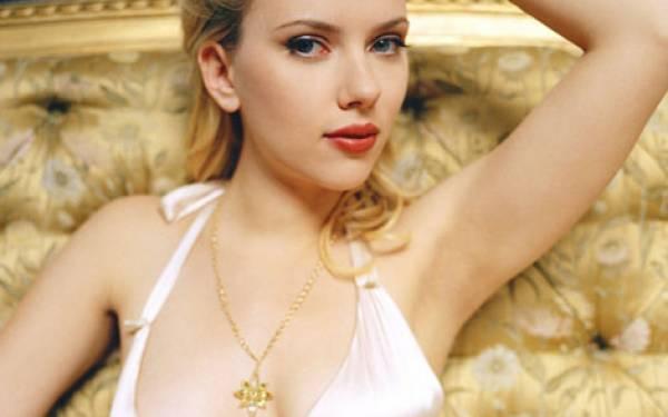 Scarlett Johansson Emoh Dibilang Seksi - JPNN.com