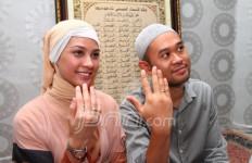 Pernikahan Rachel Maryam Tak Direstui Mertua - JPNN.com