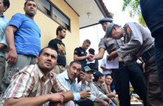 Imigran Gelap, Bersedia Ikut Setelah Dibujuk - JPNN.com