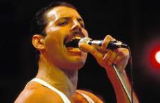 Kisah Freddie Mercury Segera Difilmkan - JPNN.com