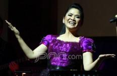Vina Panduwinata Tampil Spesial Bareng KD - JPNN.com