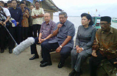 Tiru Blusukan Ala Jokowi, SBY Menelan Rasa Kecewa - JPNN.com