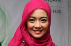 Pernikahan Tertunda, Nuri Maulida Gelar Pengajian - JPNN.com