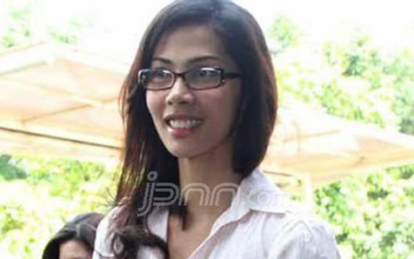 Nadia Mulya Berbagi Tips Mendidik Anak - JPNN.com