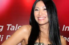 Pendukung Agnes Monica Ragukan Kewarnegaraan Anggun? - JPNN.com