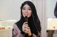 Mantan Model Playboy Masuk Islam dan Berhijab - JPNN.com