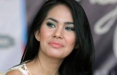 Gagal Dinikahi Pria Bule, Kartika Putri Serius dengan Kakak Jessica - JPNN.com