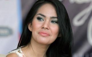 Hubungan Kartika dengan Kakak Jessica Kian Mulus ke Pelaminan - JPNN.com