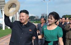 Kim Jong Un Menghilang Karena Cedera kaki - JPNN.com