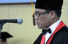 Inilah Prestasi Guru Besar Unhas yang Ditangkap Pesta Sabu - JPNN.com