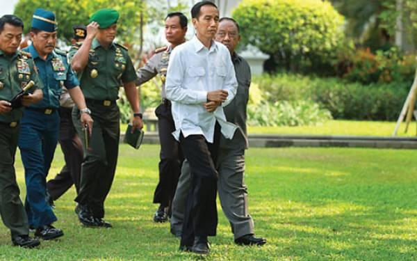 Jokowi Lantik Chozin Chumaidy Jadi Dubes RI Untuk Lebanon - JPNN.com