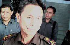 Pejabat Pemko Batam dan Kontraktor Tersangka Korupsi Lampu Hias MTQ Nasional - JPNN.com