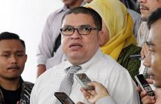 Rela Dipenjara, Razman Arif Batal Laporkan Jaksa - JPNN.com