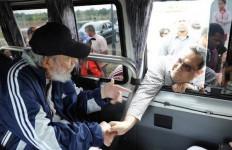 Fidel Castro Muncul di Publik setelah 14 Bulan Tak Terlihat, Ini Foto-Fotonya - JPNN.com