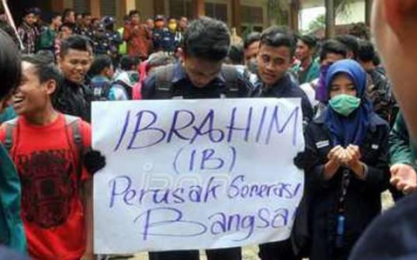 Rayuan Dosen IAIN Membuat Mahasiswi Ini Luluh, Sampai Hamil - JPNN.com