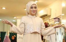 Lihat nih, Terry Putri Berhijab, Cantik kan? - JPNN.com