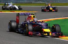 Gandeng Aston Martin, Red Bull Bermesin Mercedes 2016 - JPNN.com