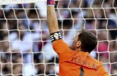 Iker Casillas Bakal LDR dengan Carbonero Jika Pindah ke Porto - JPNN.com