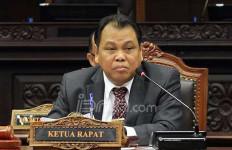 Ini Alasan Ketua MK Ogah Tanggapi Polemik Pasal Penghinaan Presiden - JPNN.com