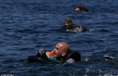 Perahu Pengungsi Karam Hampir Setiap Hari, Ini Peristiwa Terbaru, Menyedihkan... - JPNN.com