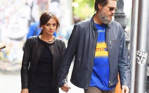 Kekasih Jim Carrey Ditemukan Tewas Bunuh Diri Bersama Catatan Kecil - JPNN.com