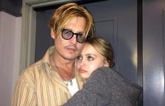 Kerisauan Johnny Depp ketika Putri Cantiknya Ingin Jadi... - JPNN.com