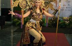 Inilah Kostum Seberat 22 Kg yang Akan Dikenakan Chintya Fabiola - JPNN.com