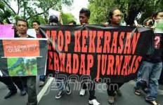 KASIHAN: Pak Jokowi dan Kapolri, Bebaskan 2 Jurnalis - JPNN.com