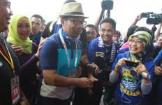 So Sweeeet...Ridwan Kamil dan Manajemen Persib Sowan ke Kantor Persija - JPNN.com