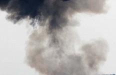 Duaaarrr... Menteri Susi Ledakkan Tiga Kapal Asing Di Perairan Batam, Ini Fotonya - JPNN.com