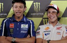 Nah Lho... Rossi Tuding Marquez Bantu Lorenzo Raih Juara Dunia - JPNN.com
