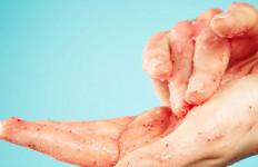10 Kebiasaan yang Merusak Kulit Wajah Anda - JPNN.com