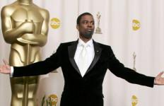 Komedian Ini Resmi Jadi Pembawa Acara Oscar 2016 - JPNN.com