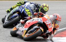 Rossi: Marquez Bermain Kotor! - JPNN.com