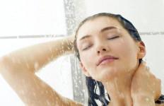 Biasakan Diri Mandi Air Dingin Di Pagi Hari, Ini Efek Positif yang akan Anda Rasakan - JPNN.com