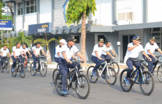 LIHAT NIH: Perwira Tinggi TNI Ini Gemar Bersepeda - JPNN.com
