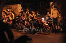 Ngebut, Pembalap Liar Nyaris Tewas - JPNN.com