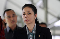 Anggota DPR Minta Menteri BUMN Direshuffle, Apa Kata Rini Soemarno? - JPNN.com