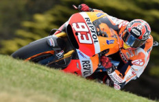 Huh... Muluskan Lorenzo jadi Juara Dunia, Marquez Masih Aja Ngeles - JPNN.com