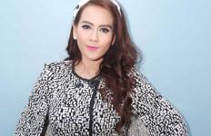 ASYIK: 16 Tahun jadi Istri Kedua, Nita Thalia Kerap Selfie Bareng Istri Pertama - JPNN.com