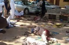 Brutal, Mayat Bergelimpangan setelah Serangan Bom, Ini Fotonya... - JPNN.com