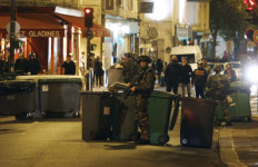Video Serangan Teroris di Paris: Menegangkan, Untung Senjatanya Sempat Macet - JPNN.com