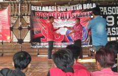 Kandidat Ini Raih Dukungan Suporter Bola dan Kaum Muda - JPNN.com