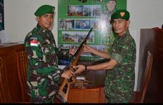 Waspada: TNI Berhasil Amankan Senjata dan Puluhan Amunisi di Perbatasan Papua - JPNN.com
