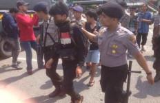 Lihat Ini, Perusuh Kongres HMI Digelandang Polisi - JPNN.com