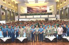 HEBAT: Santri Bela Negara Berperan Mengembalikan Kejayaan Maritim - JPNN.com